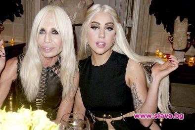 Лейди Гага вероятно ще изиграе Донатела Версаче