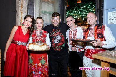 Куп знаменитости уважиха-премиерата на Веси Бонева