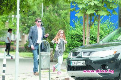 Виктор Николаев заряза дъщеря си