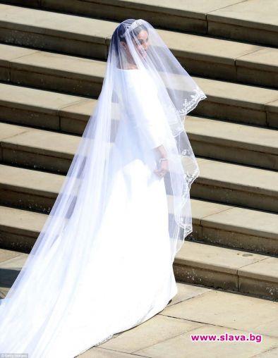Сватбената рокля на Меган струва £ 100,000
