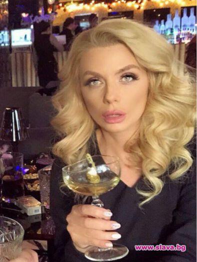 Защо Венета Райкова не прилича на себе си?
