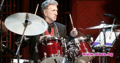 Почина барабанистът на Елвис