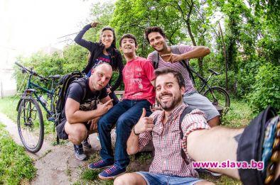 Вело-ентусиасти помагат на младежи с увреждания