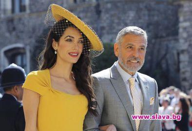 Джордж и Амал Клуни дариха $100 000 на деца мигранти