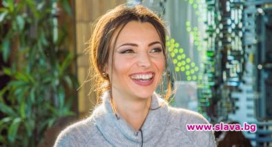 ТВ водещата Ева Кикерезова е бременна