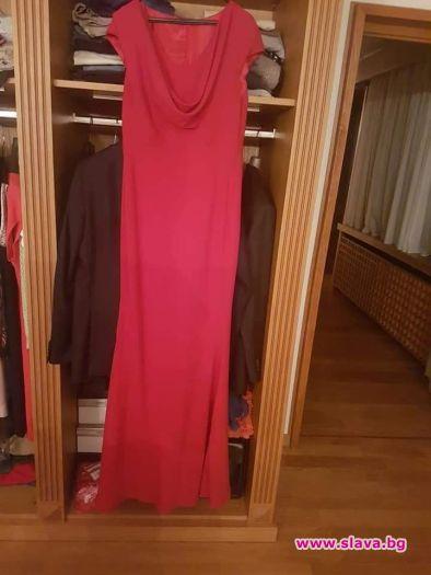 Деси Радева продава рокля за болна