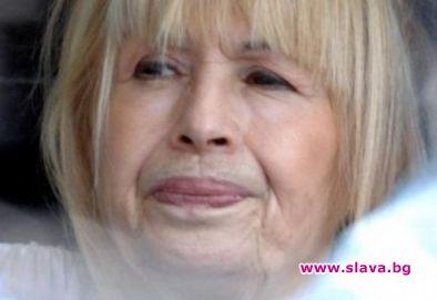 Лили едва не умря след разкрасителна операция