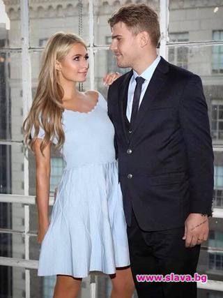 Защо Парис отлага сватбата с Крис?