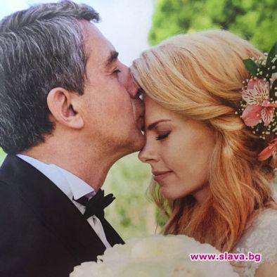 Плевнелиев и Деси Банова стават родители до дни