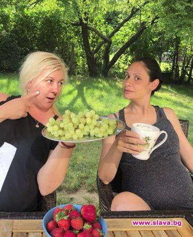 Плачков няма да бъде с Мариана Попова при раждането