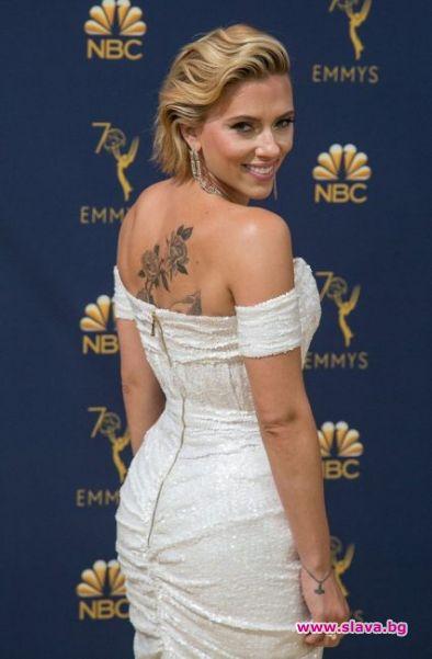 Какво означава новата татуировка на Скарлет Йохансон?