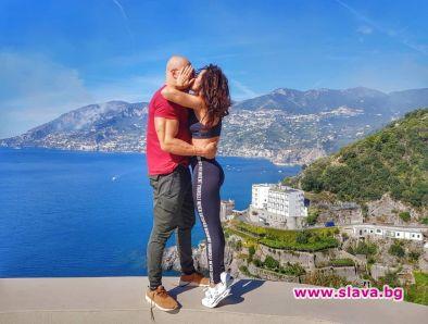 Маги Сидерова отбеляза една година брак