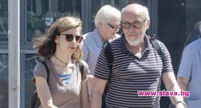 Стоян Алексиев заживя с младата си любовница в Шумен