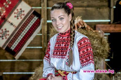 Христина се завръща триумфално във Фермата: Съединение