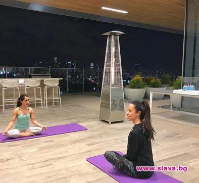 Йога и пак йога след раждането на близнаците