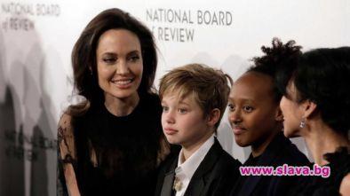 Джоли и Пит съгласуваха опеката над децата