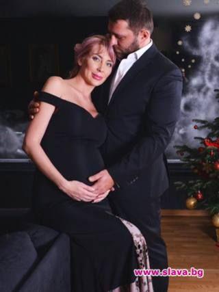 Антония Петрова ражда до дни, преди термина