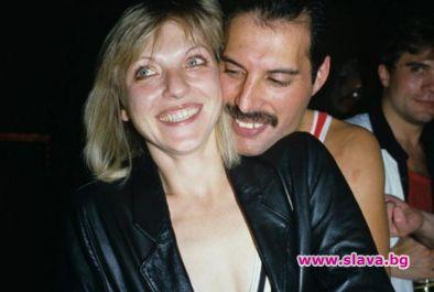 Бившата годеница на Фреди Меркюри взима 40 млн. Лири от Бохемска рапсодия