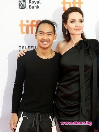 Осиновеният син на Джоли и Пит – Мадокс, реши да заживее сам