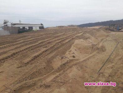 Разораната дюна на Смокиня е безвъзвратно унищожена