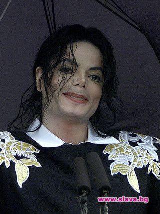 Животът на Майкъл Джаксън: Какво се е случвало зад вратите на Невърленд?