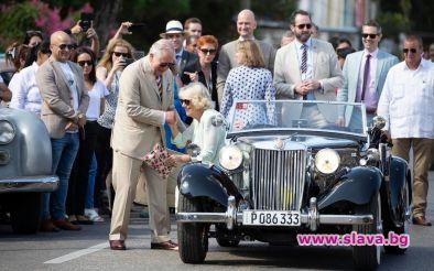 Принц Чарлз и Камила с 66-годишен MG TD по улиците на Хавана