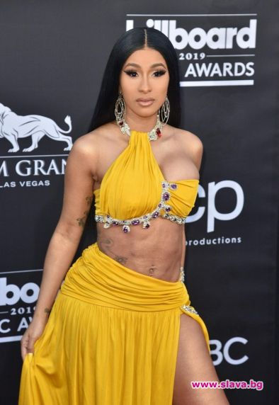 Звездният стил на наградите Billboard