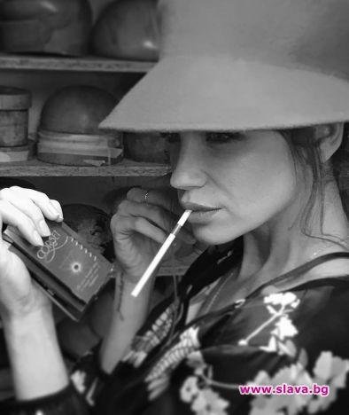 Диляна Попова си търси двойничка