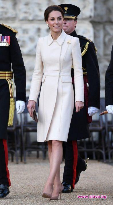 Кейт Мидълтън се завърна към своя класически стил