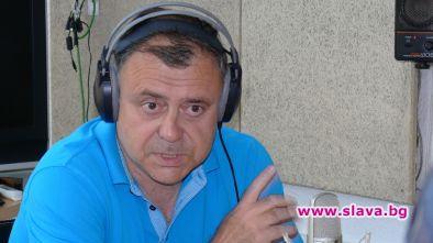 СЕМ мълчи за куп сигнали за далавери на шефа на БНР Александър Велев