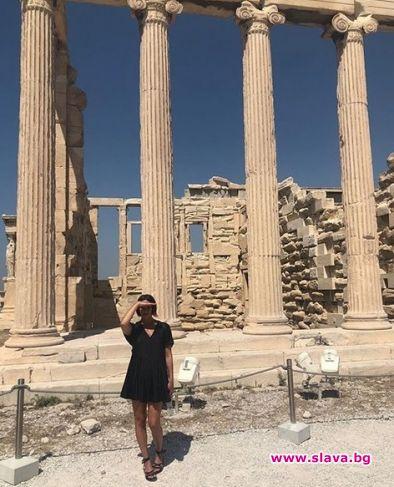 Мария Силвестър по женски в Гърция