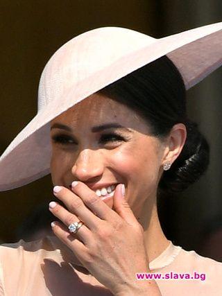 Меган Маркъл носи милиони на кралското семейство