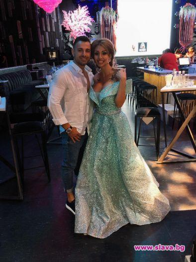 Джулиана Гани вдига сватба в Мексико