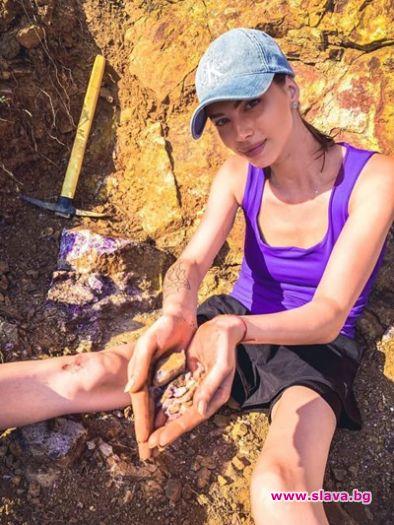 Цвети Стоянова става археоложка
