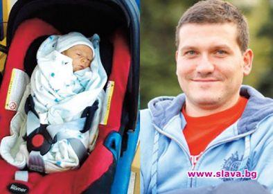 Съседка на Митко Павлов му гледа сина
